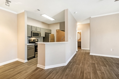 Fairfield Lakes Apartments U2013 Unfurnished 1 Bedroom Unit With Upgraded  Finishes